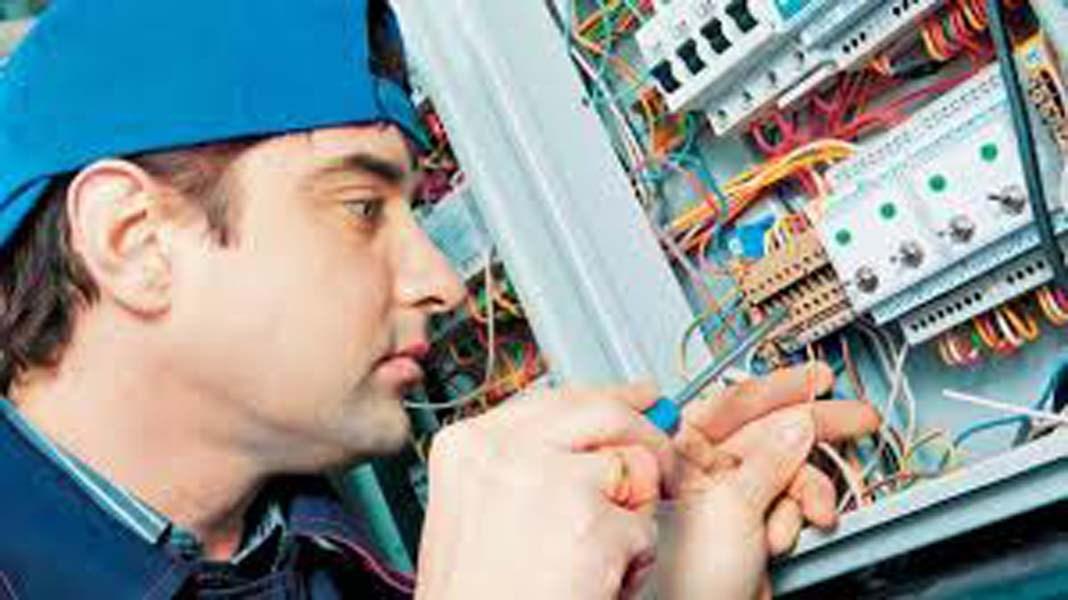 Επάγγελμα ηλεκτρολόγος : Οι απαιτήσεις και τα προσόντα